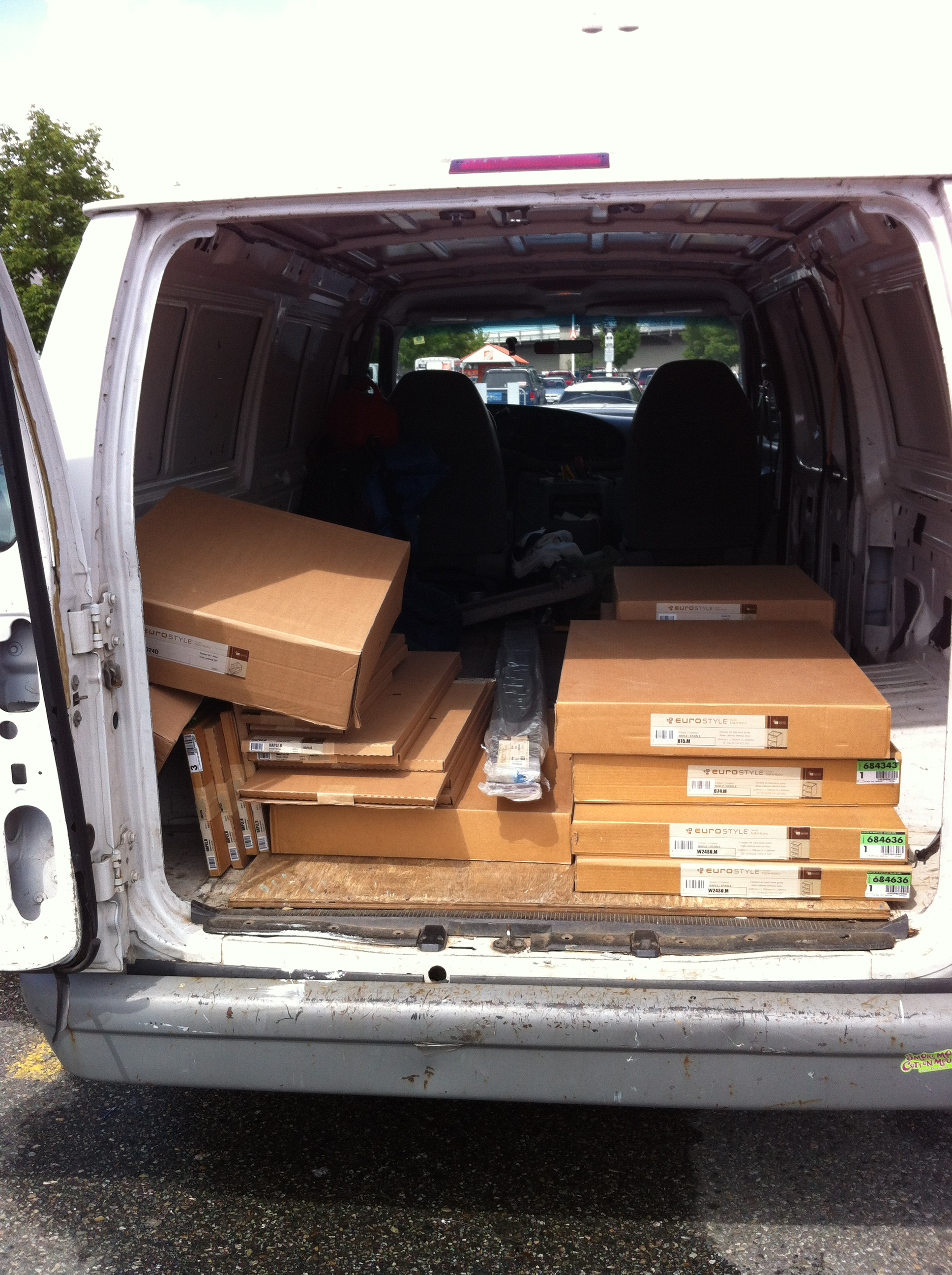 Clean cargo van for smaller moves or deliveries vancouver for Cheap furniture delivery
