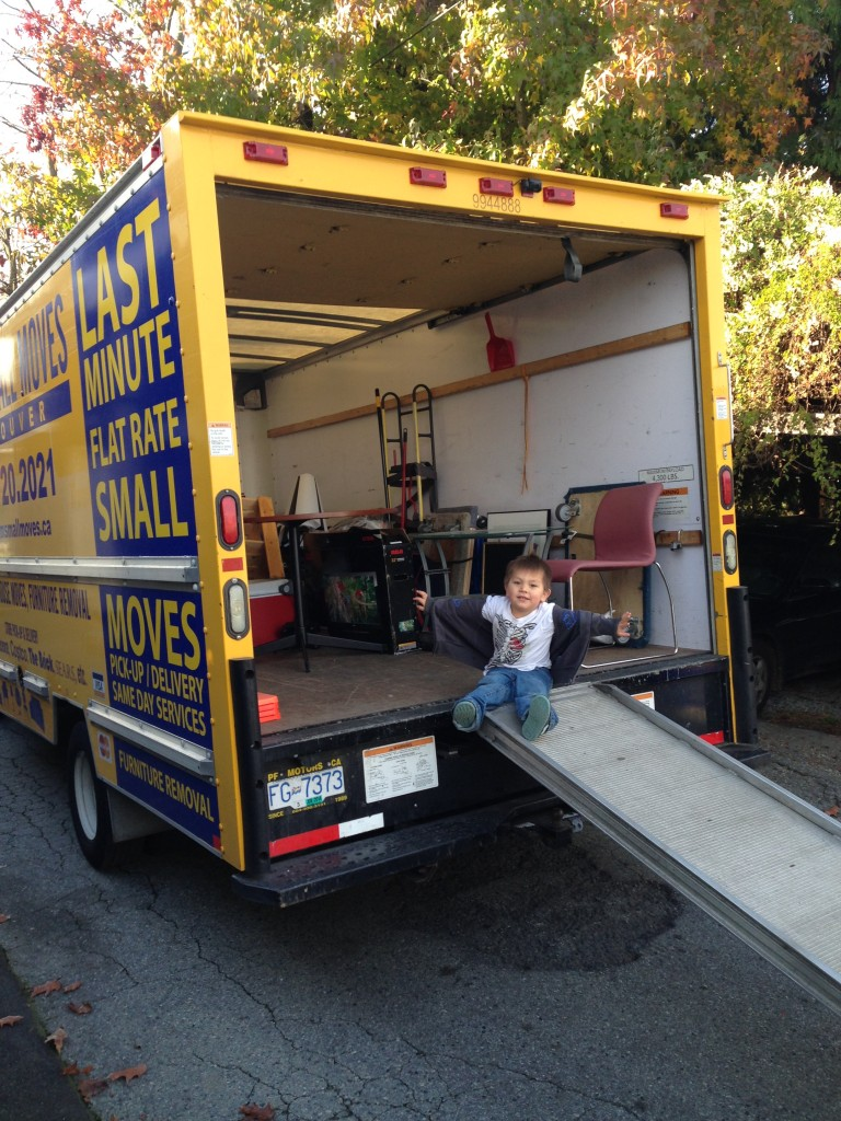 Short notice furniture delivery vancouver sam 39 s small for Affordable furniture delivery