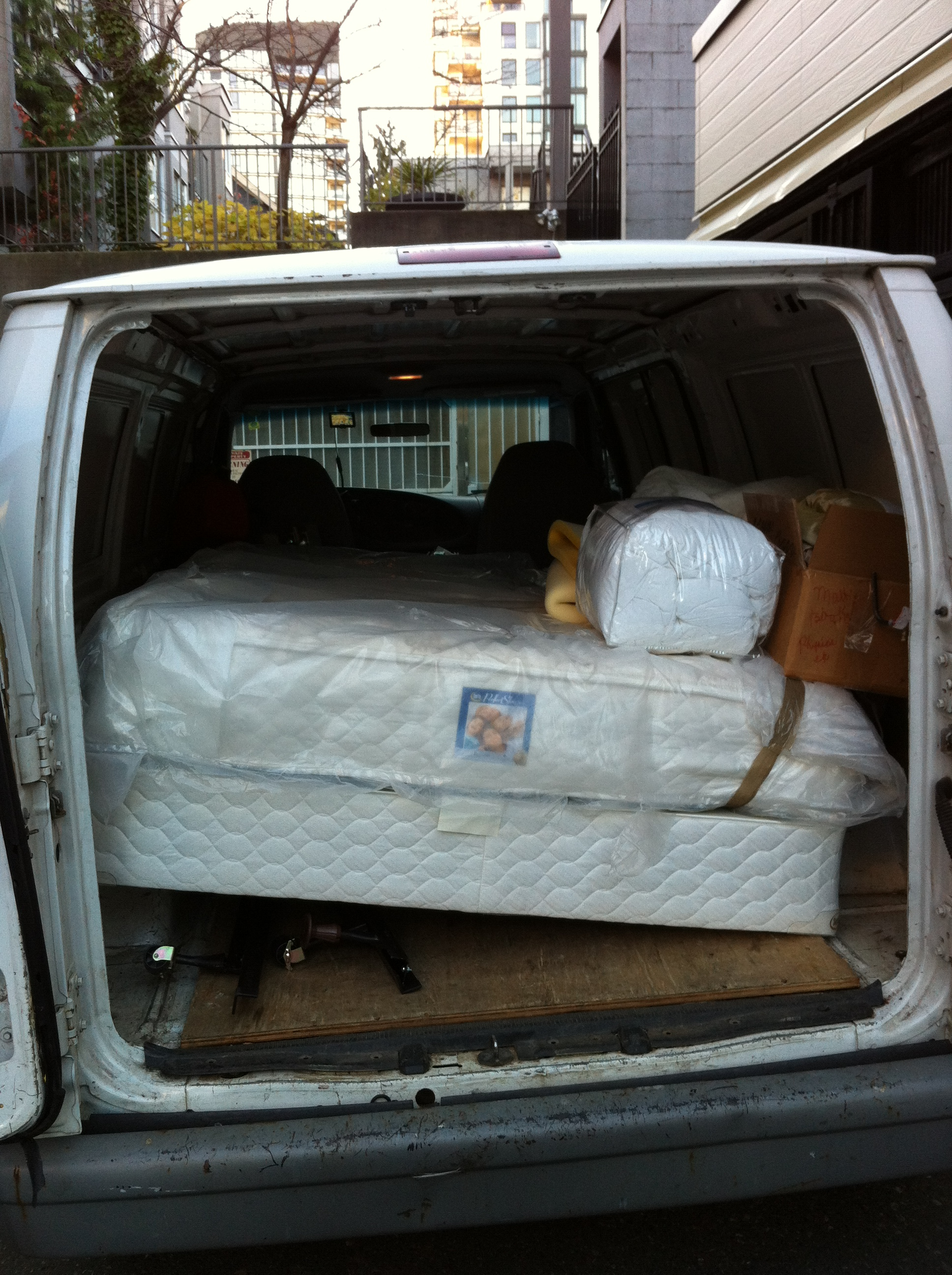 Inspiration Furniture Delivery Vancouver Sam 39 S Small Moves Ltd Cheap Delivery Small Moves